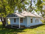 11064 Lookout Rd - Photo 4