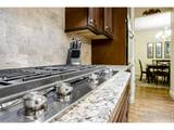 5715 Crossview Dr - Photo 14