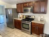 517 Trilby Rd - Photo 3
