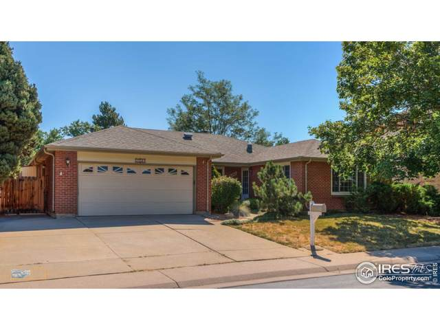 2202 S Holland St, Lakewood, CO 80227 (MLS #949978) :: J2 Real Estate Group at Remax Alliance