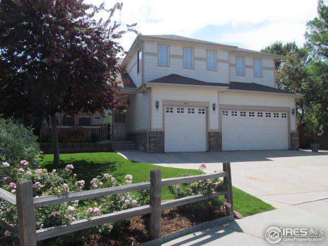 303 Bristol Pl, Longmont, CO 80504 (MLS #825563) :: 8z Real Estate