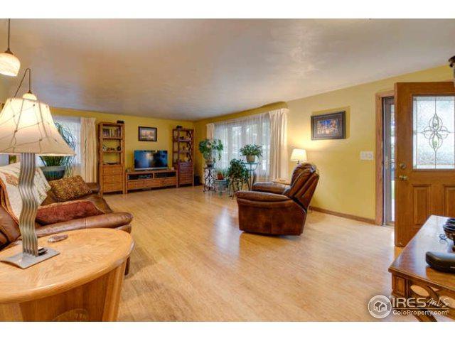 1412 Sharpe Pl, Longmont, CO 80501 (MLS #828108) :: 8z Real Estate