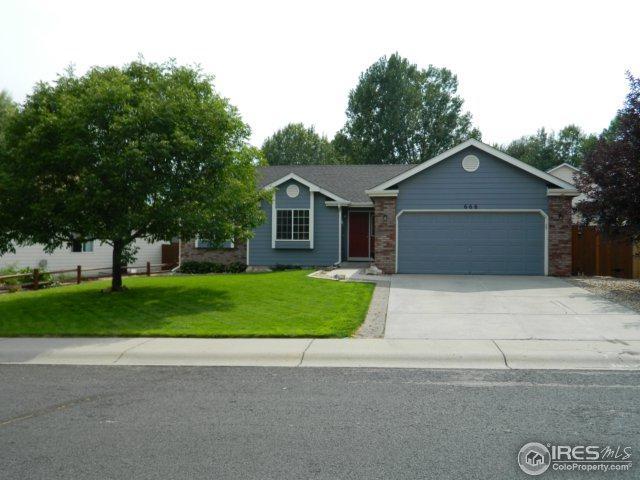 666 Saint Andrews Ave, Johnstown, CO 80534 (MLS #828825) :: 8z Real Estate
