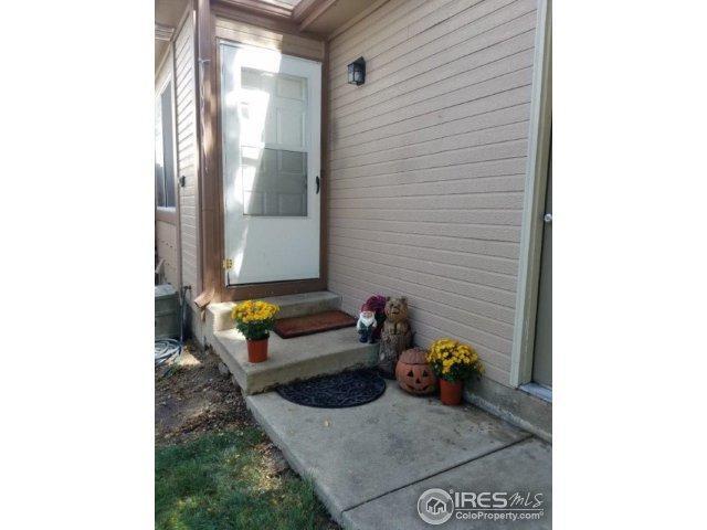 1024 Townley Cir, Longmont, CO 80501 (MLS #832644) :: 8z Real Estate