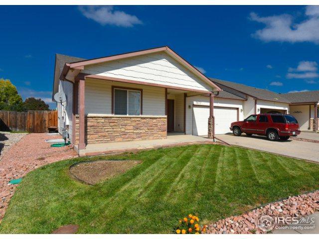 1677 Oriole Pl, Loveland, CO 80537 (#834094) :: The Peak Properties Group