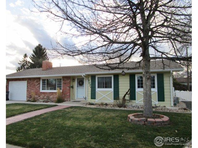 1907 Chama Ave, Loveland, CO 80538 (MLS #838241) :: The Daniels Group at Remax Alliance