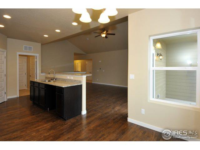 5510 Clarence Dr, Windsor, CO 80550 (MLS #853676) :: Kittle Real Estate