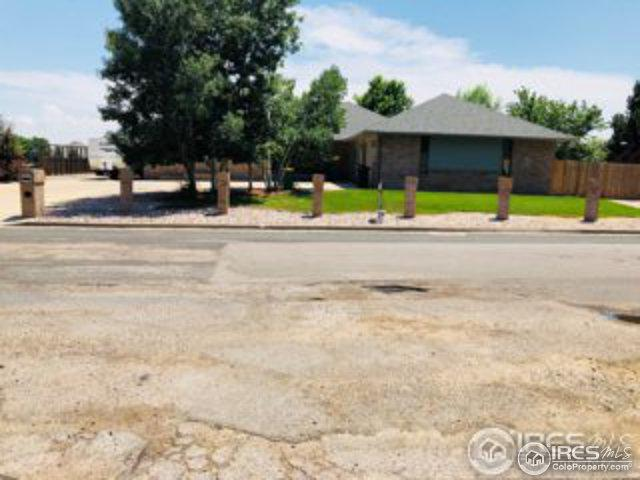 5200 W 27th St, Greeley, CO 80634 (MLS #856128) :: The Daniels Group at Remax Alliance