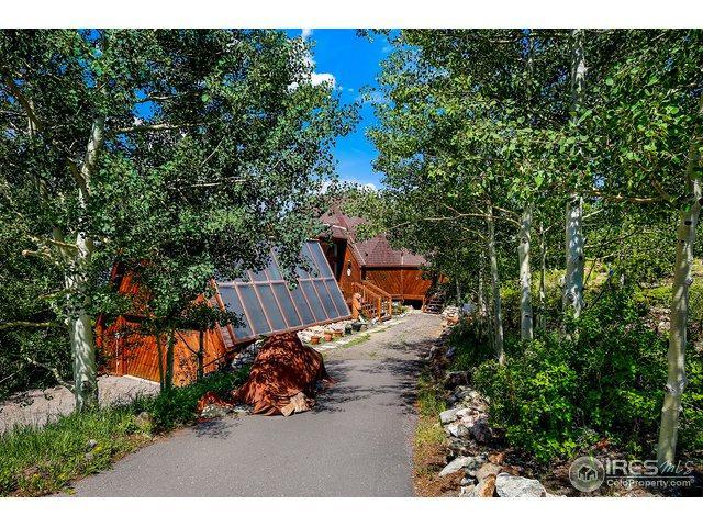 11556 Coal Creek Heights Dr, Golden, CO 80403 (#856961) :: The Peak Properties Group