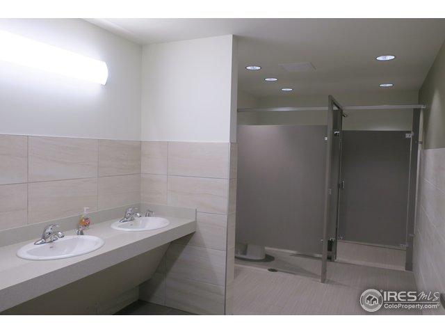 221 29th St - Photo 1
