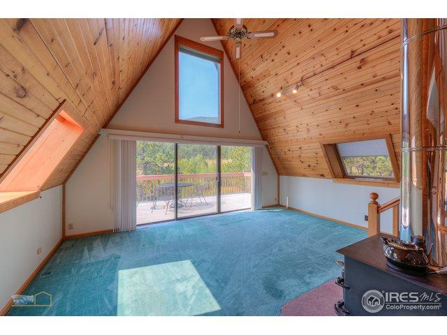 200 Rockledge Cir, Lyons, CO 80540 (MLS #861199) :: Kittle Real Estate