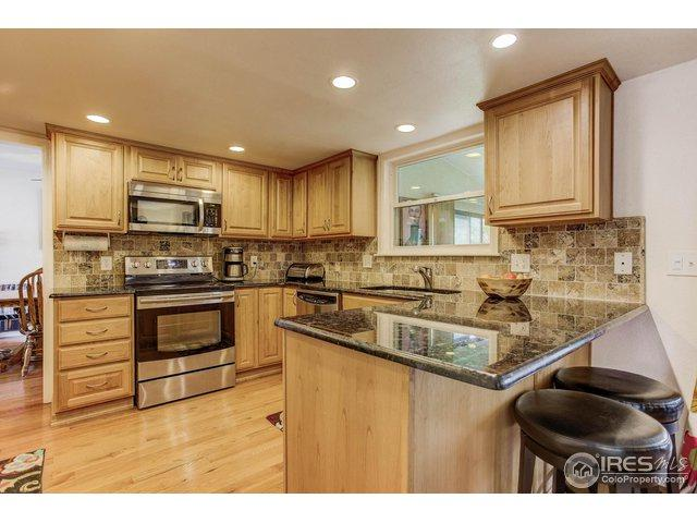 3165 S Akron St, Denver, CO 80231 (MLS #861845) :: 8z Real Estate