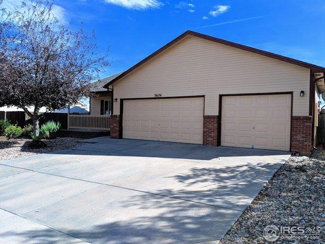3624 Centennial Cir, Evans, CO 80620 (MLS #862682) :: Tracy's Team