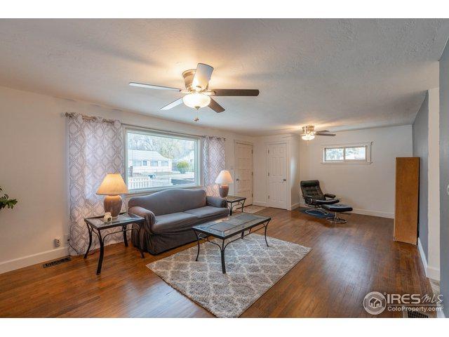 127 E Saint Clair Ave, Longmont, CO 80504 (#866572) :: The Griffith Home Team