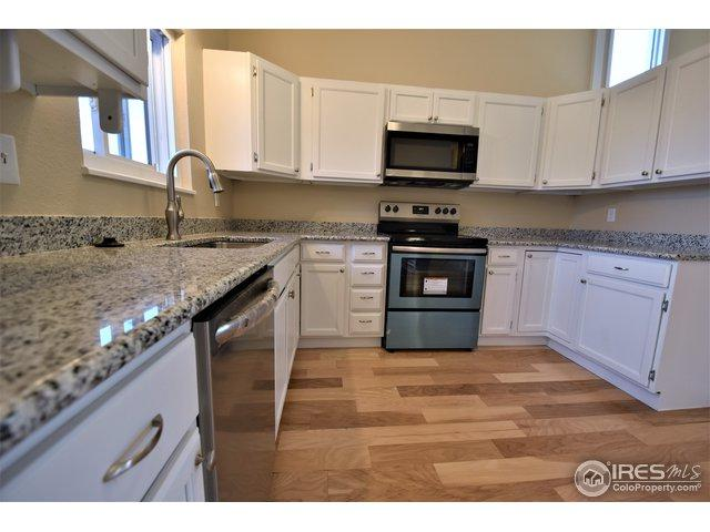 504 Gerry Dr, Loveland, CO 80537 (MLS #867078) :: 8z Real Estate