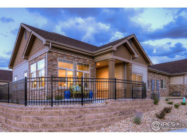 1958 S Flanders Way A, Aurora, CO 80013 (MLS #867933) :: The Lamperes Team