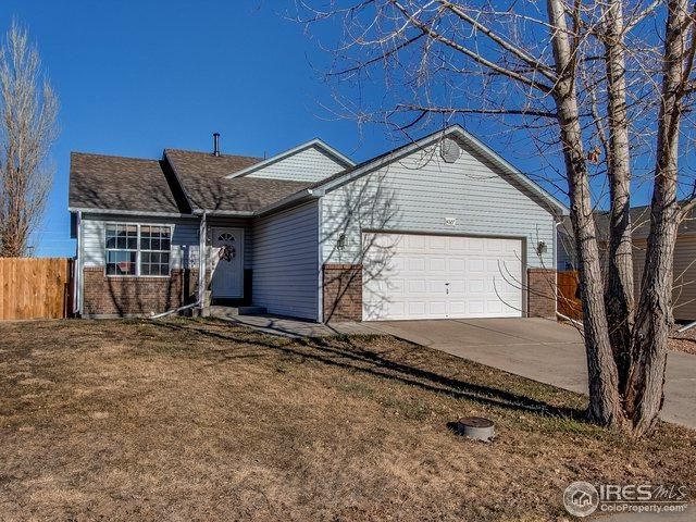 4027 W 28th St Rd, Greeley, CO 80634 (MLS #868410) :: The Daniels Group at Remax Alliance