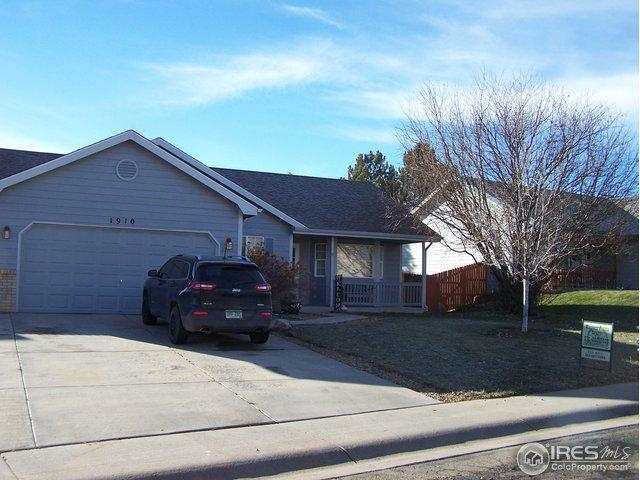 1910 Sherwood Ln, Johnstown, CO 80534 (#868456) :: Group 46:10 - Denver