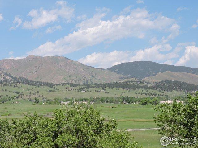 7171 Fairways Dr, Longmont, CO 80503 (MLS #871453) :: 8z Real Estate