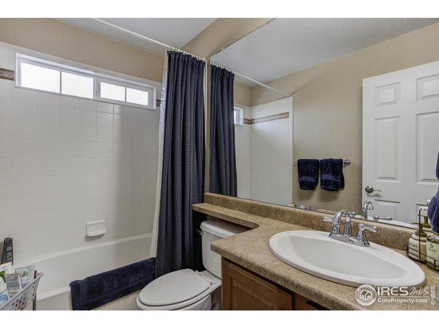 8328 Devinney Ct, Arvada, CO 80005 (MLS #872525) :: Sarah Tyler Homes