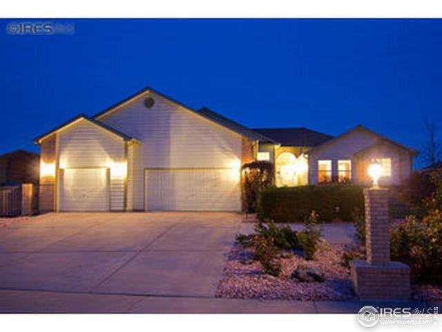 1401 Redwood Ct, Windsor, CO 80550 (MLS #872732) :: Kittle Real Estate