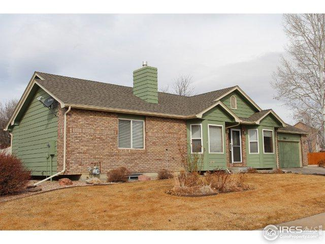 3767 Larkspur Dr, Loveland, CO 80538 (MLS #873083) :: The Lamperes Team