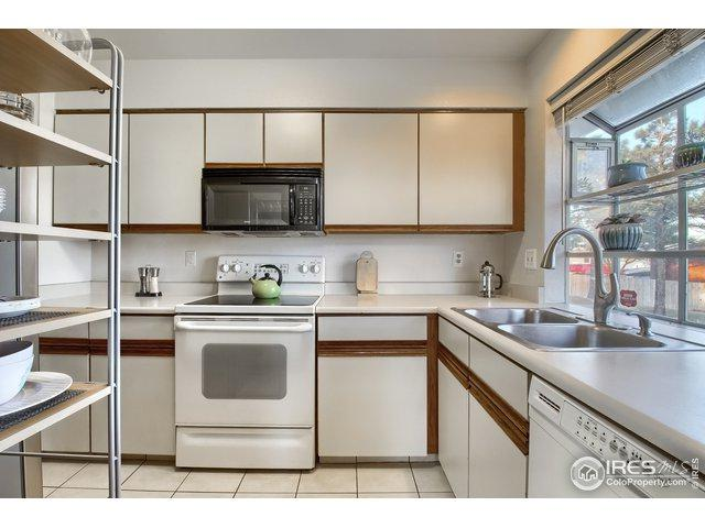 5229 W Iliff Dr #101, Lakewood, CO 80227 (MLS #875861) :: Downtown Real Estate Partners