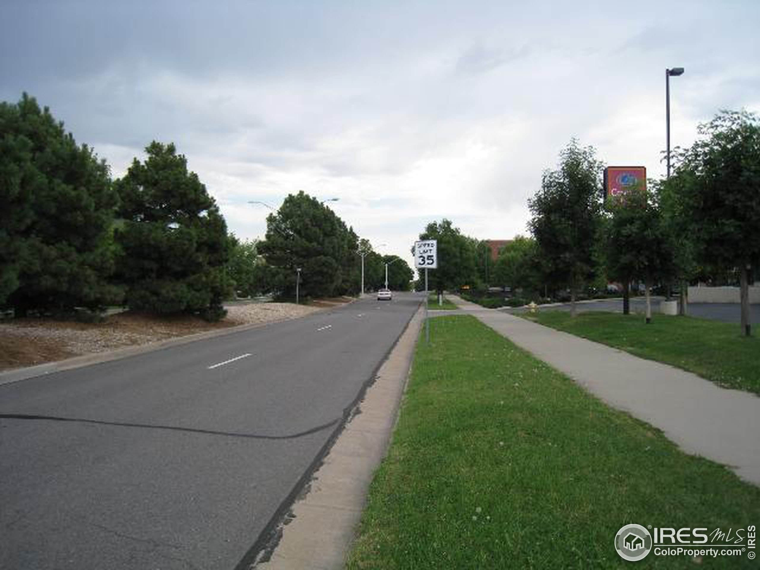 9850 Memphis St, Commerce City, CO 80022 (MLS #878117) :: 8z Real Estate