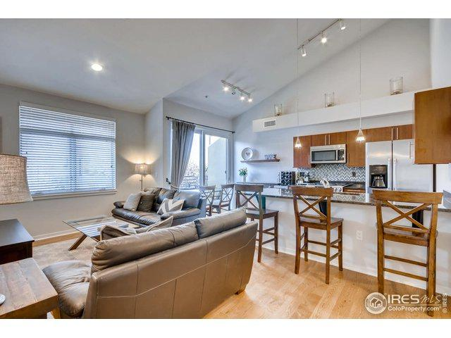 1380 Rosewood Ave - Photo 1
