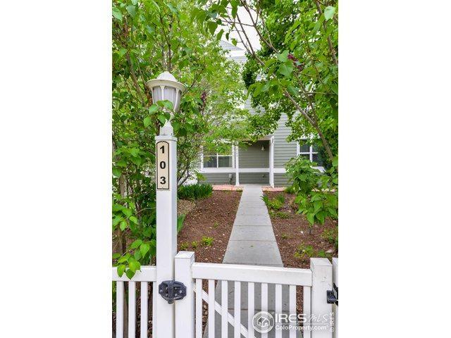 2027 Grays Peak Dr #103, Loveland, CO 80538 (MLS #881673) :: 8z Real Estate