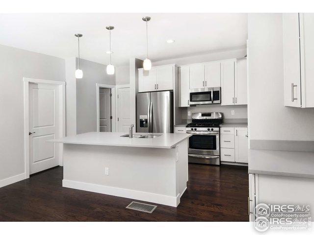 638 Stonebridge Dr, Longmont, CO 80503 (MLS #884716) :: 8z Real Estate