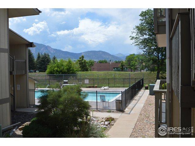 625 Manhattan Pl #206, Boulder, CO 80303 (MLS #887033) :: Kittle Real Estate