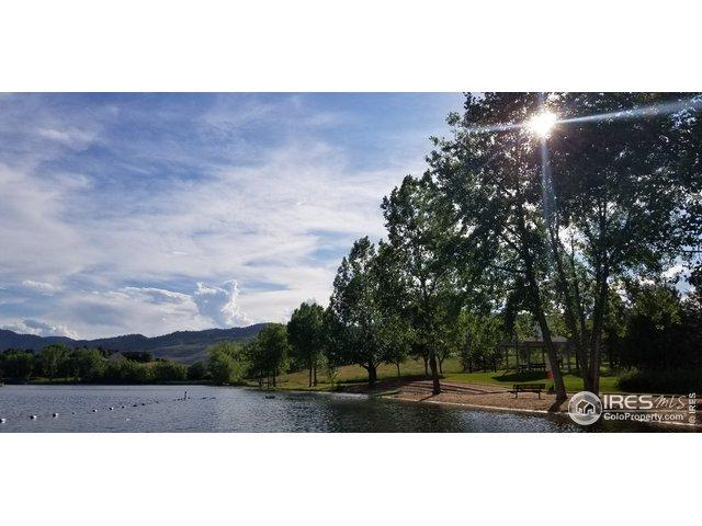 6713 Golf Club Dr, Longmont, CO 80503 (MLS #888048) :: 8z Real Estate