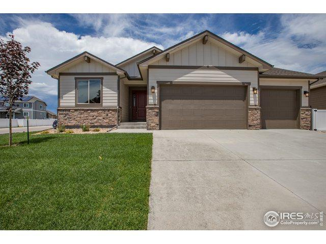 5914 Clarence Dr, Windsor, CO 80550 (MLS #888147) :: Kittle Real Estate