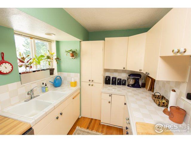 1604 Longbow Ct, Lafayette, CO 80026 (MLS #888585) :: 8z Real Estate