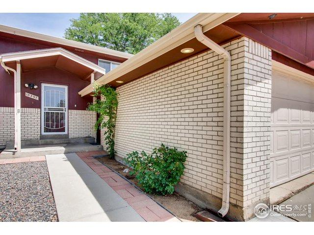 13397 W 67th Dr, Arvada, CO 80004 (MLS #888841) :: J2 Real Estate Group at Remax Alliance