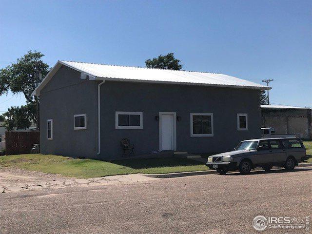 125 E 3rd St, Cheyenne Wells, CO 80810 (#891050) :: HomePopper
