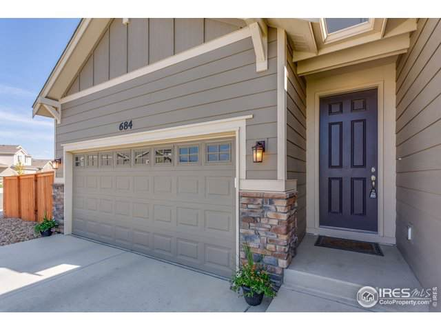 684 Prairiestar Dr, Berthoud, CO 80513 (MLS #894046) :: 8z Real Estate