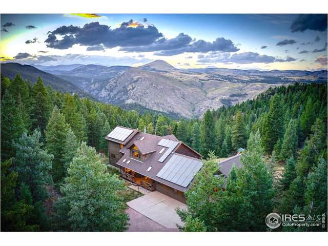 2440 Magnolia Dr, Nederland, CO 80466 (MLS #894624) :: The Bernardi Group