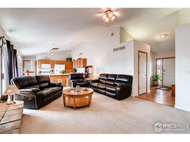 4623 Foothills Dr, Berthoud, CO 80513 (#896797) :: The Peak Properties Group