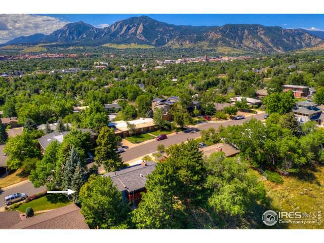 2445 Balsam Dr, Boulder, CO 80304 (#897249) :: The Griffith Home Team