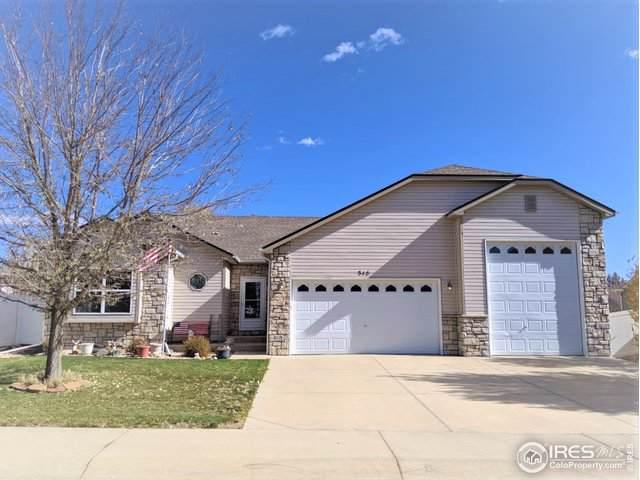 315 Hickory Ln, Johnstown, CO 80534 (MLS #897261) :: 8z Real Estate