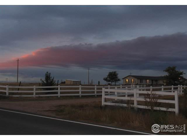 17069 County Road 22, Fort Lupton, CO 80621 (#898665) :: The Dixon Group