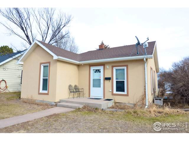 218 Custer Ave - Photo 1