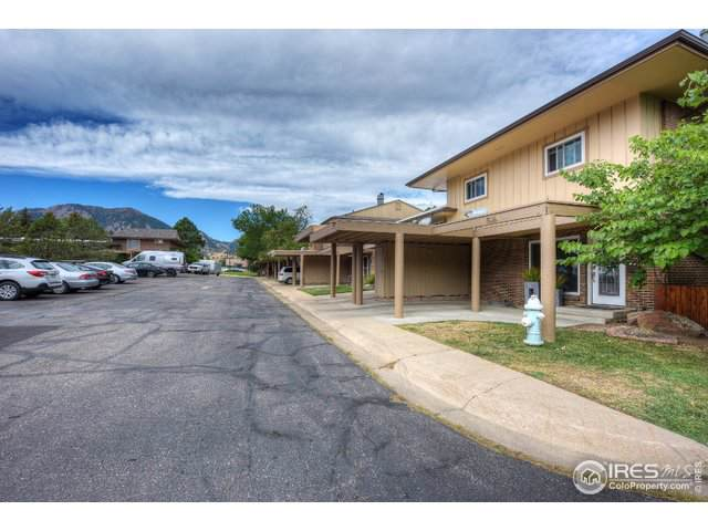 1536 Greenbriar Blvd, Boulder, CO 80305 (#900893) :: The Griffith Home Team