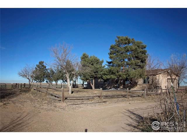 15511 County Road 6, Fort Lupton, CO 80621 (#902187) :: My Home Team
