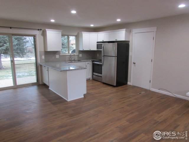 320 W 51st St, Loveland, CO 80538 (#903041) :: The Griffith Home Team