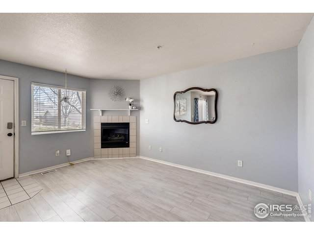 1601 Great Western Dr A9, Longmont, CO 80501 (MLS #906369) :: J2 Real Estate Group at Remax Alliance