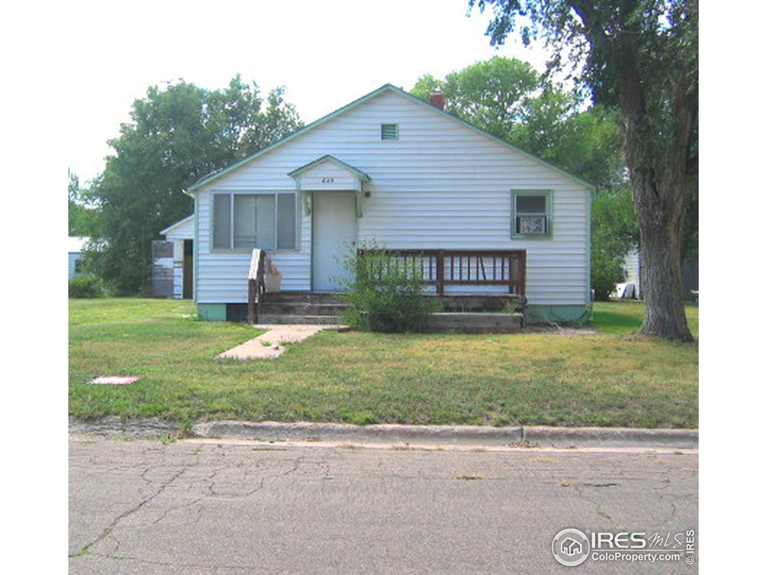 3817 W 12th St Rd, Greeley, CO 80634 (MLS #907883) :: Colorado Home Finder Realty