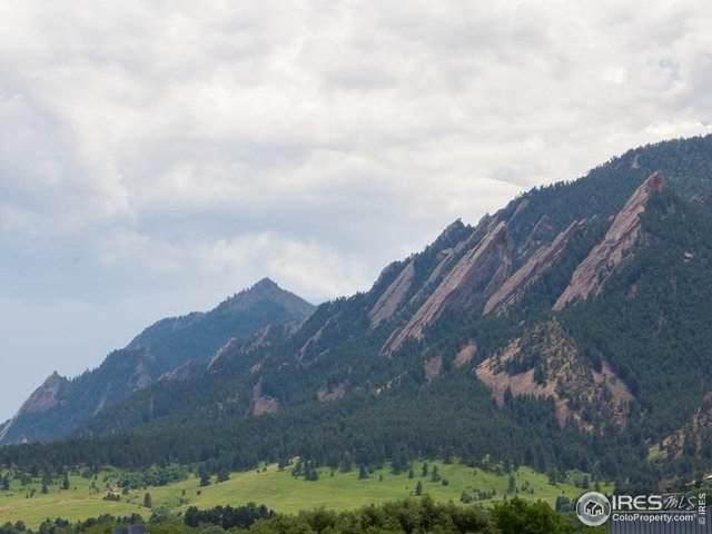 900 W Pearl St #301, Boulder, CO 80302 (MLS #911246) :: Hub Real Estate